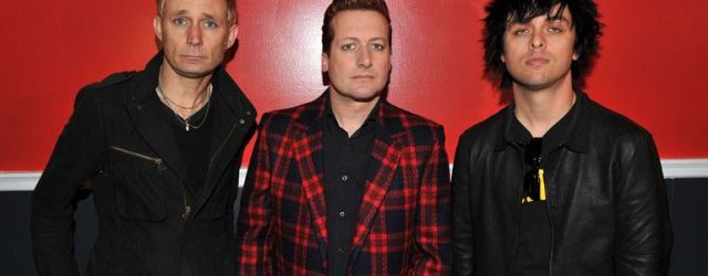 "I Green Day pubblicano il brano ""Still Breathing"""