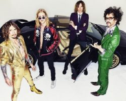 """The Darkness"" in Italia per due live"